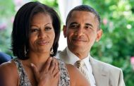 Barack Obama, Michelle in discussions to produce shows for Netflix