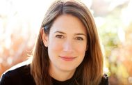 Gillian Flynn says her next book is 'very sinister and dark'