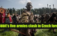 Hobbit's five armies clash in Czech forest